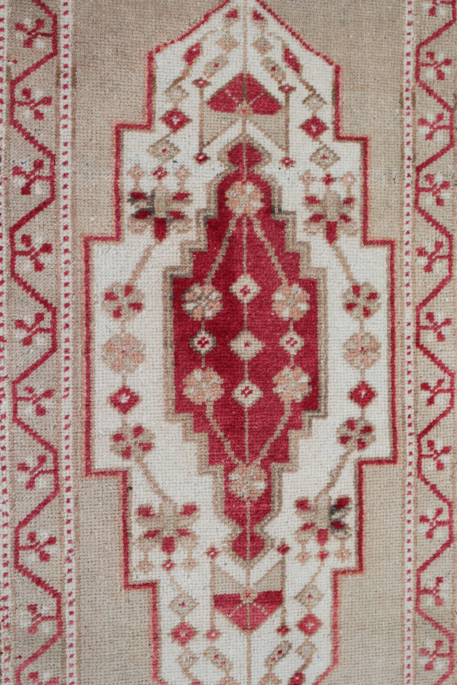 Red And Neutral Patterned Fay And Belle Scatter Rug Angle 1