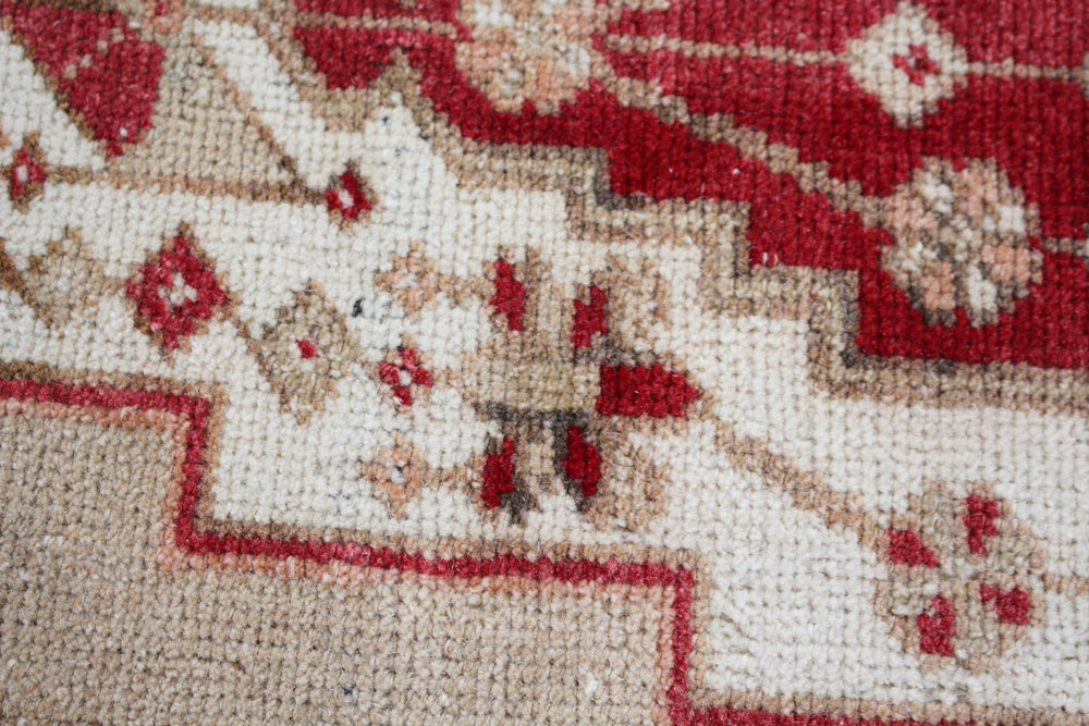 Red And Neutral Patterned Fay And Belle Scatter Rug Angle 5