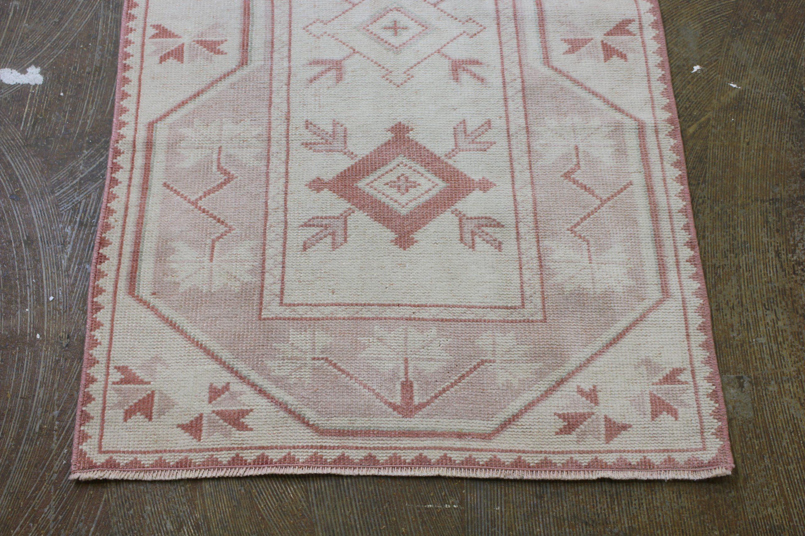 Pink Cream Oushak Vintage Runner3